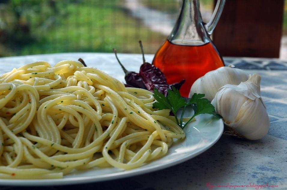 Spaghetti_di_Gragnano_e_colatura_di_alici