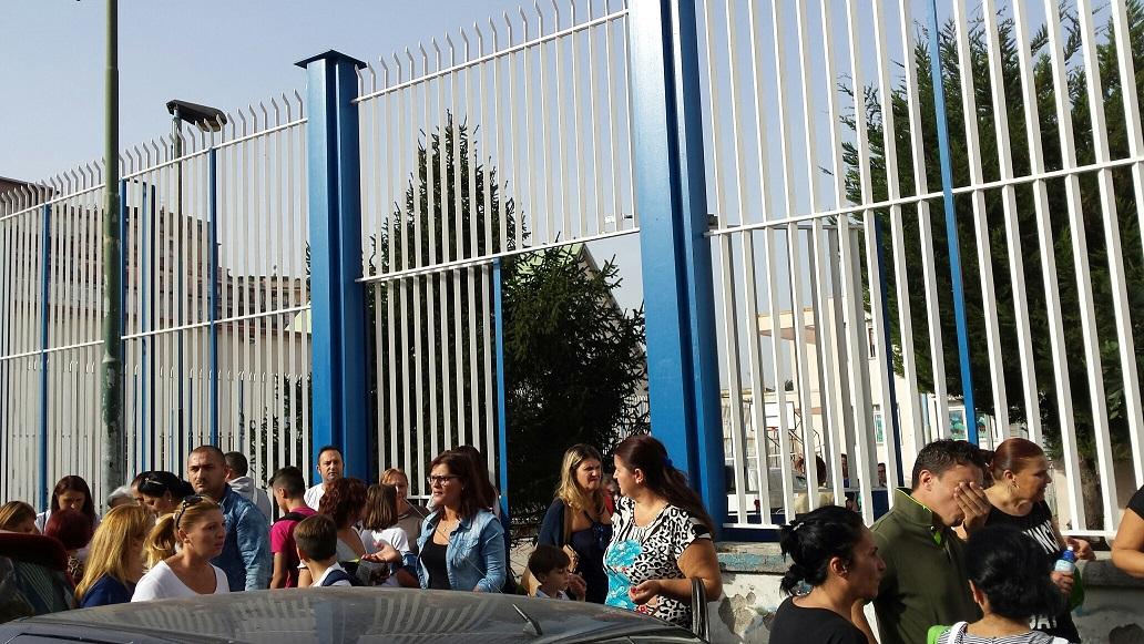 Allarme-nella-scuola-media-di-Napoli-Ada-Negri