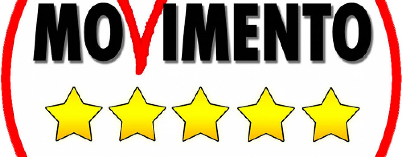 Movimento cinque stelle conferenza su nomine de luca in for Deputati movimento 5 stelle