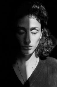 Palermo, 1993. Rosaria Schifani, vedova dell'agente di scorta Vito Schifani, assassinato nel 1992 insieme al Giudice Giovanni Falcone, Francesca Morvillo e tre suoi colleghi.